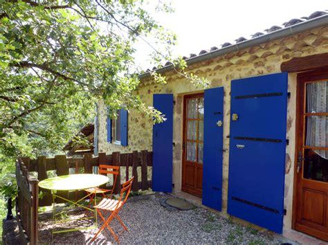 chambres d hotes aubenas chambre d 39 hôtes acacia aubenas en ardèche de bourlenc
