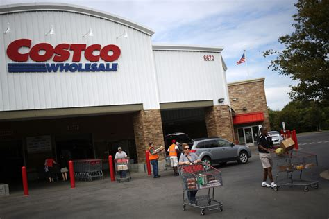 costco warehouse shopping costco is now one of the top sellers of cars in the u s fortune