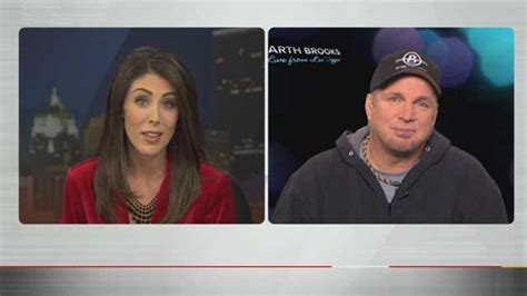 Garth Brooks Talks Exclusively With Amanda Taylor