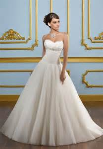 simple wedding dress simple organza gown wedding dress with sweetheart neckline sang maestro