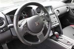 Nissan Gtr Interieur : commercialisation de la nouvelle nissan skyline gt r 2012 ~ Medecine-chirurgie-esthetiques.com Avis de Voitures