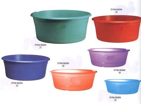 plastic tubs  sale sterilite   quart