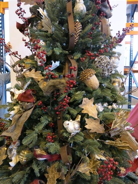 create  woodland themed christmas tree balsam
