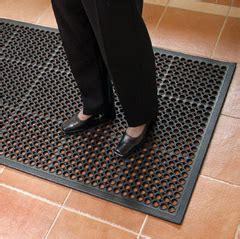 wet room flooring  slip flooring  slip matting