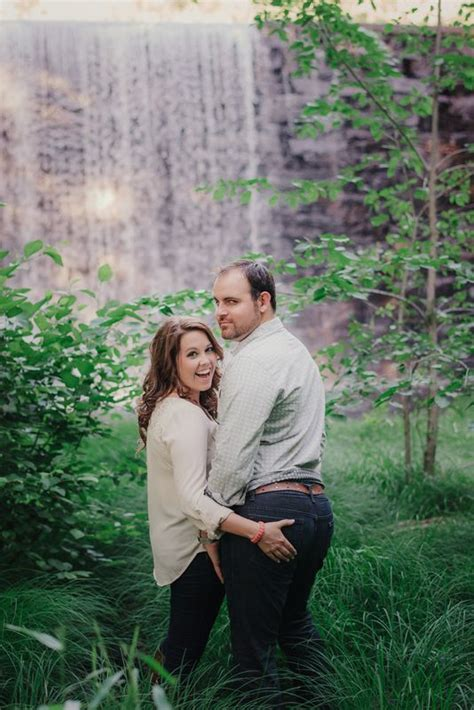 Engagement Photo Ideas For Couples Who Know How Have