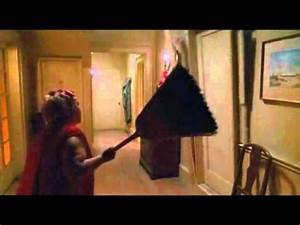 Predator 2 - Little old lady scene - YouTube