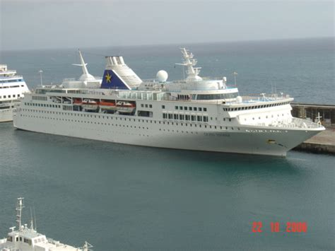 Ships And Harbours Photos - Cruise Ship Grand Voyager
