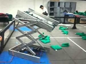 VEX Robotics scissor lift - YouTube