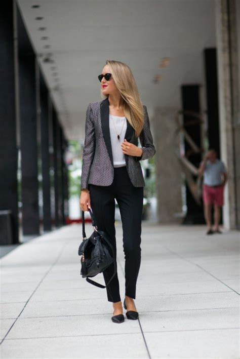 22 Fashionable Office Outfit Ideas for Women; An Easy Look ...