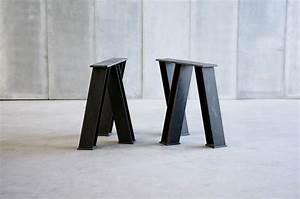 Pied De Table A Manger : vir table tables de repas de heerenhuis architonic ~ Teatrodelosmanantiales.com Idées de Décoration