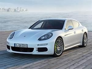 Porsche Panamera Hybride : la porsche panamera passe l hybride rechargeable cnet france ~ Medecine-chirurgie-esthetiques.com Avis de Voitures