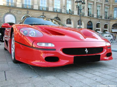 Sports Ferrari Car Wallpapers, Images, Pictures, Gallery