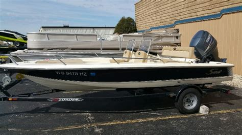 Scout Boats Wisconsin by Scout 177 Dorado Dual Console Brokerage In Pewaukee Wi