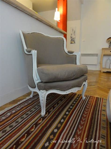 retapisser une chaise 25 best ideas about retapisser un fauteuil on