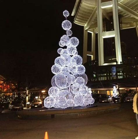 create chicken wire balls  cover  lights dramatic
