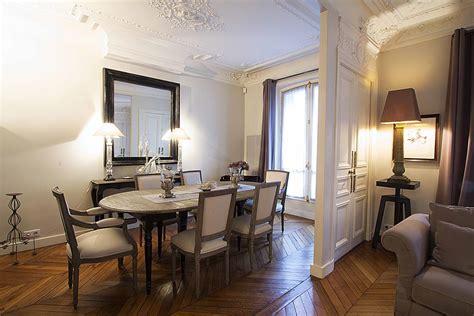 cuisine de charme ancienne des idées pour utiliser les atouts du miroir en décoration