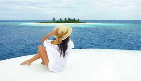 Honeymoon Clothes That Are Practical And Pretty (maldives
