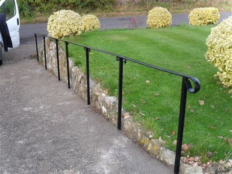 Metal Handrail Outdoor Steps
