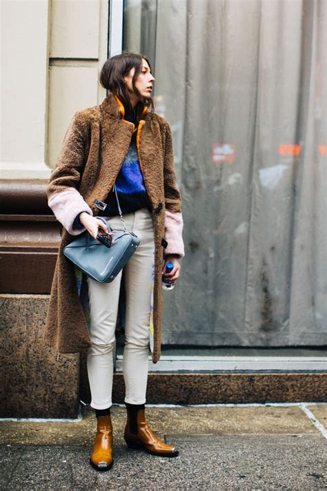 Street style from New York Fashion Week Fall/Winter 2018-2019 | MODE | Pinterest | Street style ...