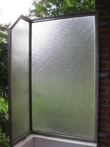 balkon windschutz plexiglas chestha idee windschutz balkon