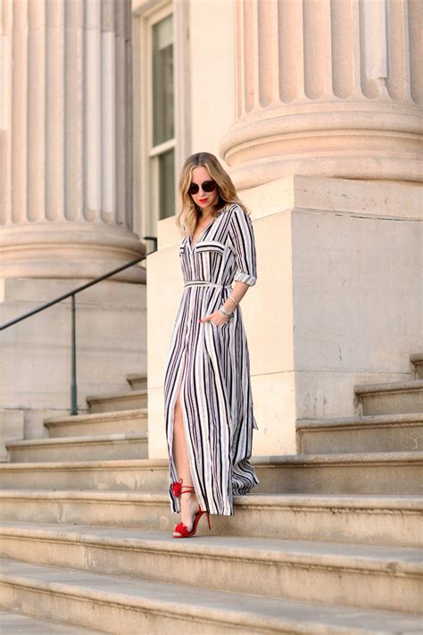 The Outfits That Will Show You How To Wear The Vertical Stripes Trend - Just The Design