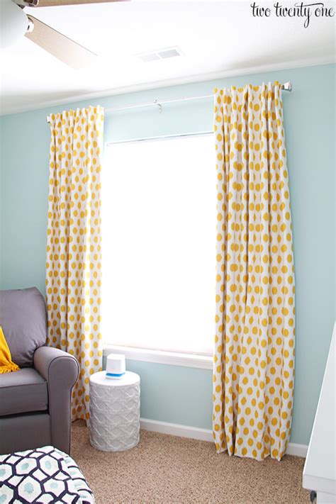 Yellow And White Curtains For Nursery by How To Make Blackout Curtains