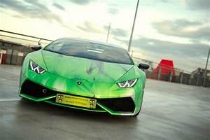 Photo Gallery: Lamborghini Huracan with tri colour flames