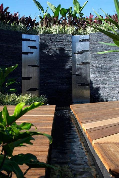 El Patio Eau Water by 9 Espectaculares Muros De Agua Para Exterior