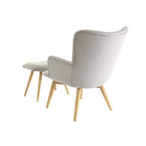 fauteuil et repose pieds fauteuil scandinave en tissu avec repose pieds stockholm trendy homes