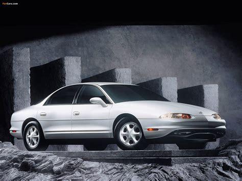 Oldsmobile Aurora 1995–99 images (1600x1200)