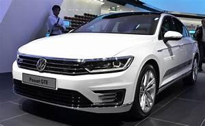 Volkswagen Passat Gte : volkswagen passat gte charged up for paris news ~ Medecine-chirurgie-esthetiques.com Avis de Voitures