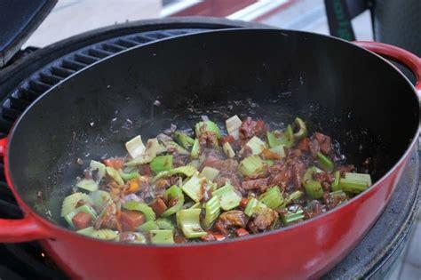 carbon steel pans  cast iron pans