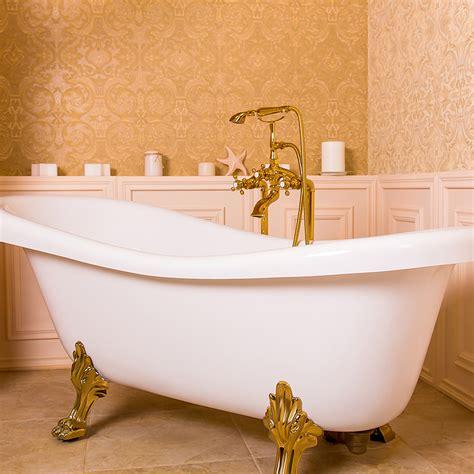 tapisserie salle de bain tapisserie pour la salle de bains une bonne id 233 e but