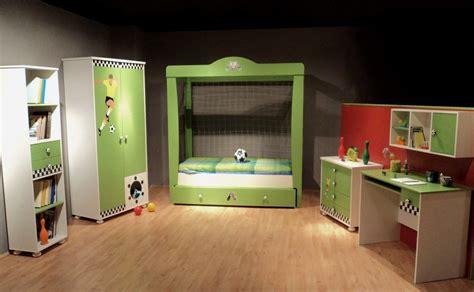 Kinderzimmer Ideen Jungs Fussball by Kinderzimmer Fu 223 Bett F 252 R Jungs Und M 228 Dchen Kinder