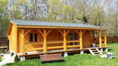 bureau contemporain pas cher chalet habitable de 70m2 en bois en kit