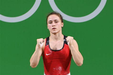 Koha sakauj ķīnieti un pārsteidzoši triumfē junioru pasaules čempionātā - Spēka sports ...
