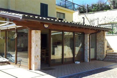 tettoie in legno chiuse verande in legno chiuse gallery of risultati immagini per
