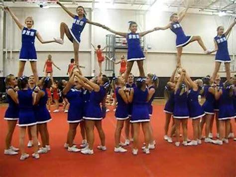 burns middle school cheerleaders uca cheer camp