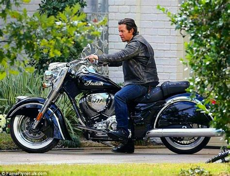 Wahlberg Indian Motorcycle by Pin By On Indian Motorcycle Motorcycle