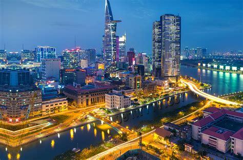 Saigon through a foreigner 's eye - asialuxuryresorts