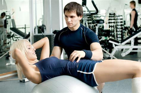 salle de sport avec coach 5 bonnes raisons de faire du sport avec un coach sportif ingrid lekens la sant 233 avant tout