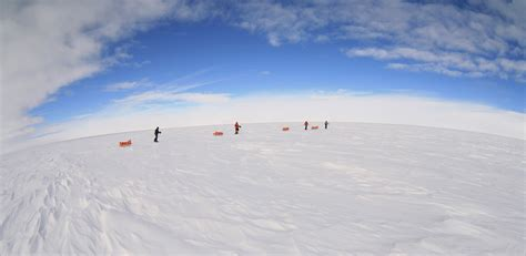 south pole location giant bomb