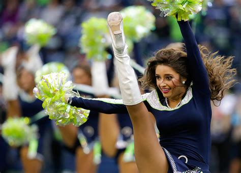 sicom nfl cheerleaders week