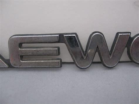 1997-2002 Daewoo Chrome Plastic Script Emblem Lanos Nubira