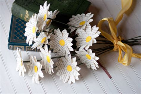 paper flowers  wedding  stunning diy ideas