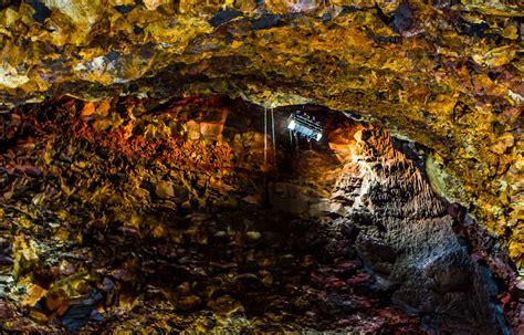 le volcan thrihnukagigur est en sommeil depuis 4 000 ans et ne montre aucun signe d activit 233 il