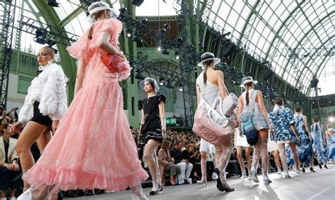 Lagerfeld Retains Coco Chanel Strengths In Paris Fashion