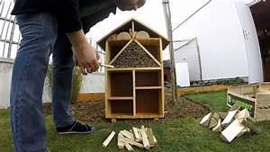Fabriquer Un Hotel A Insecte : atelier construire un h tel insectes youtube ~ Melissatoandfro.com Idées de Décoration