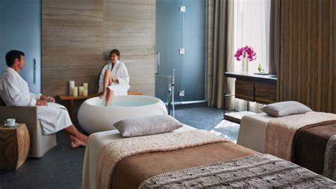 toronto honeymoon hotel suites packages  seasons