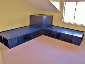 Bedroom, Furniture